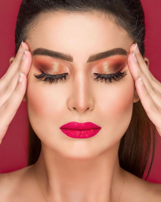 yan and one promotion : Envie d'un look sensationnel? Le talentueux makeup artiste a la solution pour v... June 2021