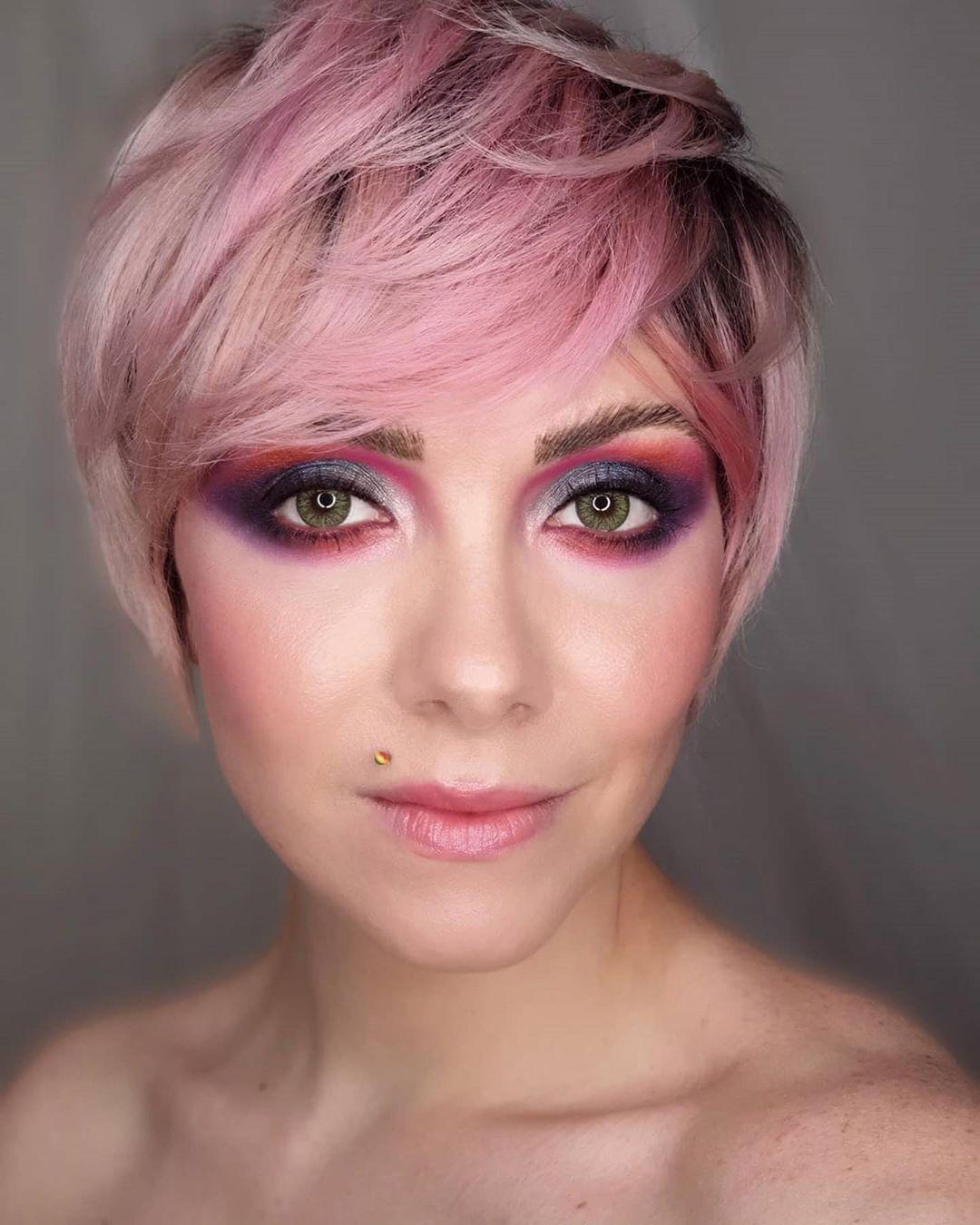 yan and one : Merci à la talentueuse makeup artiste pour ce magnifique look, un regard profon... September 2021